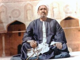 Shaykh Salih Al-Ja'fari - Shaykh of Al-Azhar Mosque and leader of the tariqah
