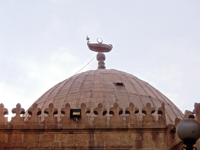 "When building the grave from Imam Shafi, the great Saladin chose to place a boat in place of the crescent on top of the dome. When asked why, he replied ""beneath it lies a sea of knowledge"""