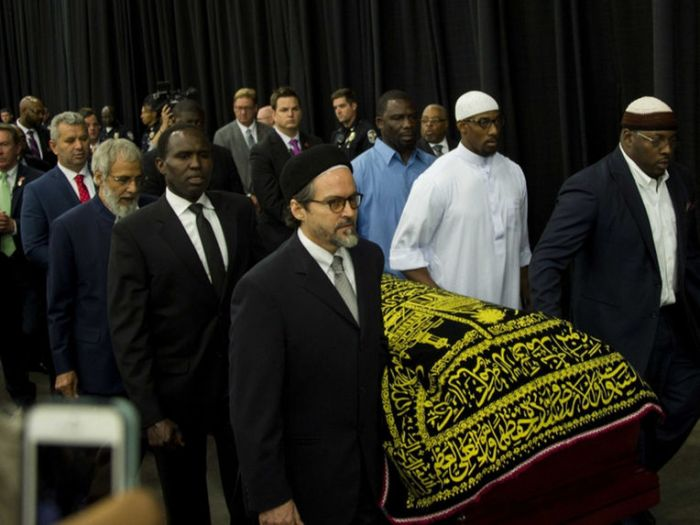muhammad-ali-funeral-pallbearers-1006
